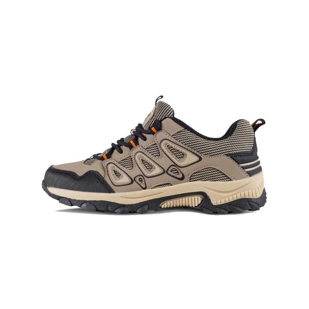 Zapatilla tipo trecking con cordones